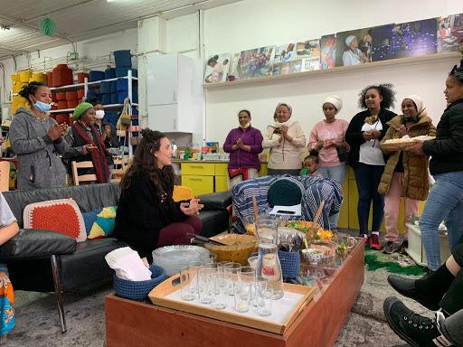 GAP Shnat Sherut, Hebrew, communal life, year in Israel, Pessah, Pesah, Seder, Seder Pesah, volunteer, volunteering, Kuchinate, asylum seekers